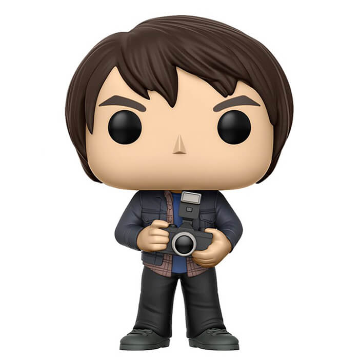Figurine Funko POP Jonathan Byers avec son appareil photo (Stranger Things)
